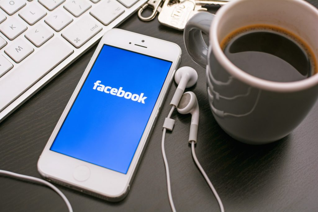Facebook para negócios camboriú